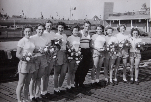 Stuart ladies crew with flowers