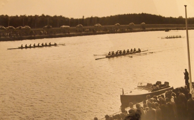 1954 women's eight repechage