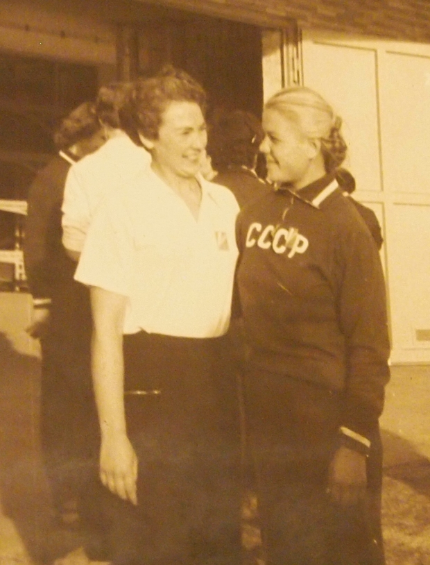 Dorothea Newman and a Russian in 1957