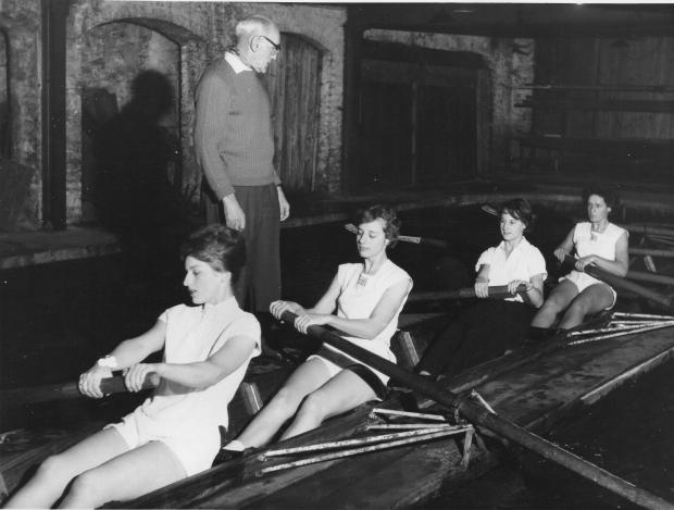 1960 (prob) West End BH Tank - Alicia bow, Widge Sells 2, Betty Millward and unknown