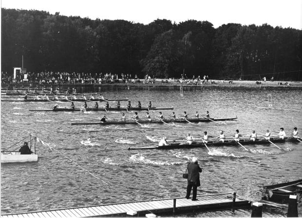 1964 Bosbaan Copyright GLW Oppenheim Amsterdam 19-27