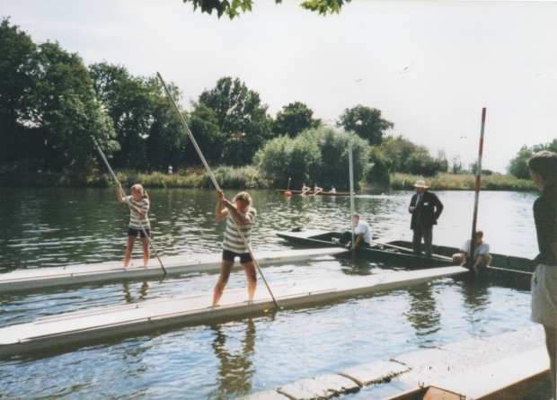1997 Sunbury