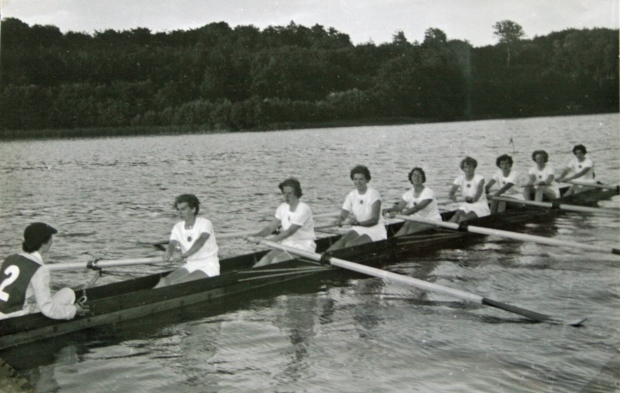 1953-England eight