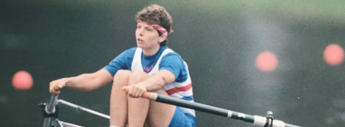 woman sculling