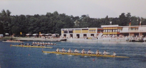women's eights race