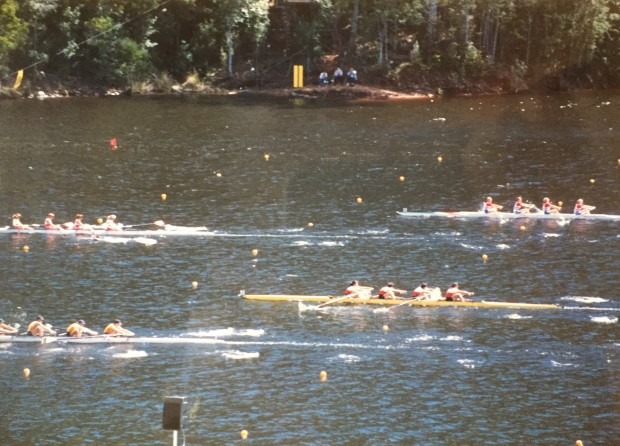 Close race between women's fours