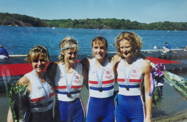 4 women with silver medals