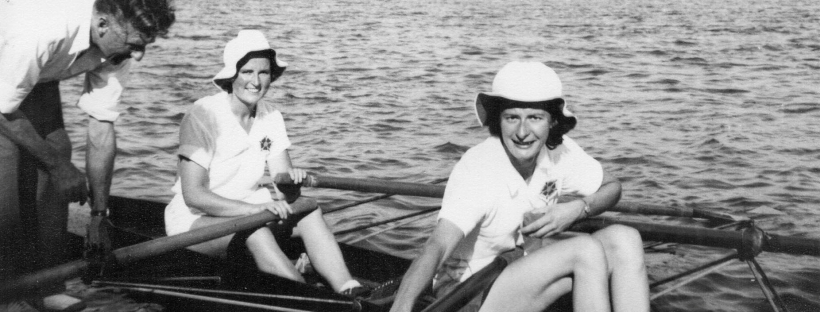 two women in double scull
