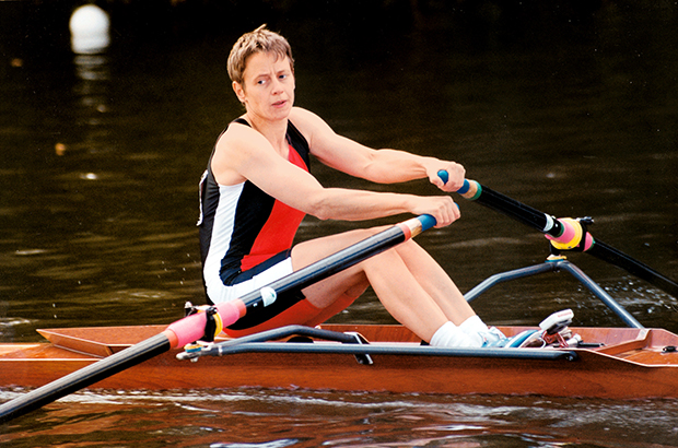 Woman in Carl Douglas single scull with Croker blades